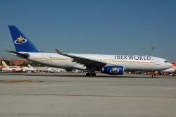 1825_EC-IDB A330-200 Iberworld MAD.jpg