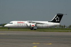 2174_HB-IYU BAE146-300 Swiss (Star Alliance c-s) EIN.jpg