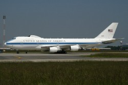 2185_31676 B747-200 United States of America BRU.jpg