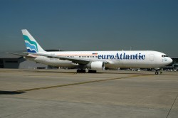 2216_CS-TLQ B767-300 Euro Atlantic BRU.jpg