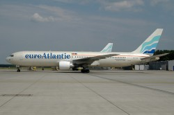 2227_CS-TLO B767-300 Euro Atlantic NUE.jpg