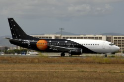3491_G-ZAPW B737-300 Titan Airways PMI.jpg