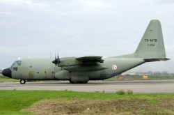 _2001013_TunisianAirForce_C130_Z21012_TS-MTB.jpg