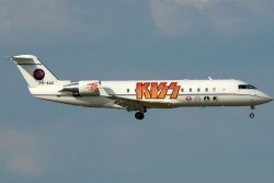 2006085_Kiss_CRJ200_PH-AAG_CGN_27062010.jpg