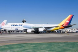 3002336_AirPacific_B747-400_DQ-FJL_speccols.jpg