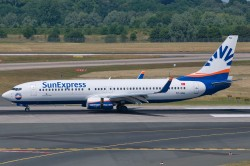 3008592_SunExpress_B737-800W_TC-SNL.jpg