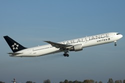 N76055_United_B767-400_StarAlliance_MG_2012.jpg