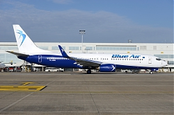 11044_YR-BMG_B737-800W_Blue_Air_BRU.JPG