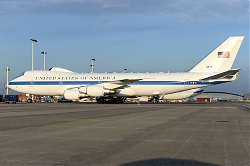 11047_31676_B747-200_United_States_of_America_BRU_.JPG