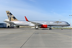 11355_9H-AVM_B757-200W_Jet_Magic_28U2_c_s29_AMS.JPG