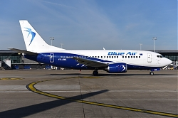 11693_YR-AMA_B737-500_Blue_Air_BRU.JPG