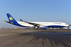 11727_9XR-WP_A330-300_Rwandair_BRU.JPG