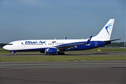 11814_YR-BMN_B737-800W_Blue_Air_28LOT_tls29_AMS.JPG