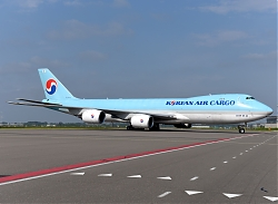 11850_HL7624_B747-800F_Korean_Air_AMS.JPG