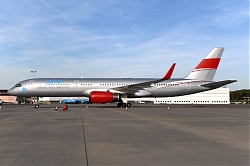 12410_9H-AVM_B757-200W_Jet_Magic_28U229_AMS.JPG
