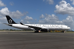 14471_C-GEGI_A330-300_Air_Canada_28Star_Alliance29_AMS.JPG