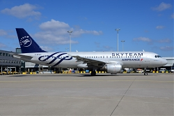 8003_F-GFKY_A320_Air_France_28Skyteam29_AMS.jpg