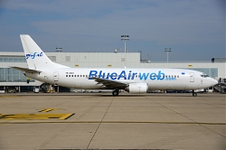 8480_YR-BAO_B737-400_Blue_Air_BRU.jpg