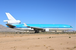 8785_PH-KCG_MD11_KLM_28n-t29_VCV.jpg