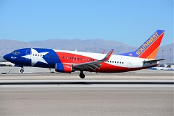 8803_N352SW_B737-300W_Southwest_28Lone_Star_One29_LAS.jpg