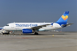 8974_OO-TCP_A319_Thomas_Cook_BRU.jpg