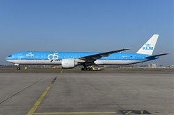 9683_PH-BVK_B777-300_KLM_2895_years29_AMS.jpg