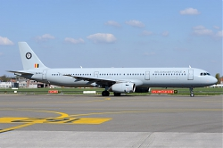 9772_CS-TRJ_A321_Belgian_Airforce_BRU.jpg