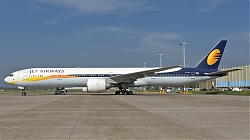 6103990_JetAirways_B777-300_VT-JEW__AMS_18042019_Q2.jpg
