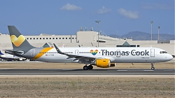 8053460_ThomasCook28UK29_A321W_G-TCDE_Rainbow-heart-sticker_PMI_20082017.jpg