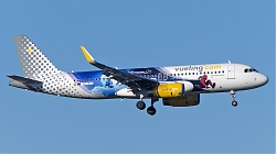 8070515_Vueling_A320W_EC-MYC_Disney-Spiderman-colours_AMS_20012019_Q2F.jpg