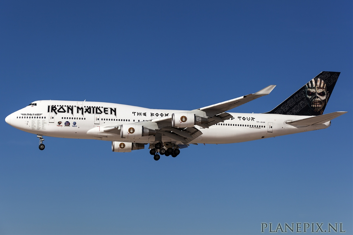 las vegas iron maiden ed force one boeing 747 400. Black Bedroom Furniture Sets. Home Design Ideas