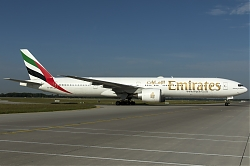 A6-EBU_Emirates_B773_MG_8217.jpg