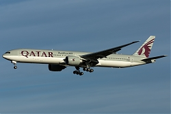 A7-BEJ_QatarAirways_B773_MG_6501.jpg
