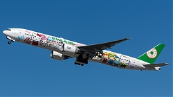 B-16703_EvaAir_B773_Hello-Kitty-Sanrio-Family_MG_6043.jpg