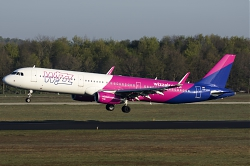 HA-LXA_Wizzair_A321_MG_6797.jpg