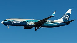 N512AS_AlaskaAirlines_B738W_Boeing-House-cs_MG_5872.jpg