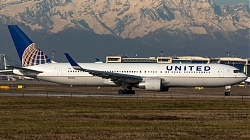 N655UA_United_B763W_MG_9374.jpg