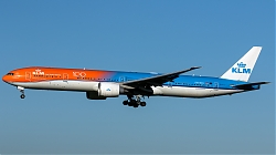 PH-BVA_KLM_B773_Orange-Pride-100Y_MG_4621.jpg