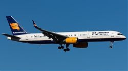 TF-FIA_Icelandair_B752W_MG_4634.jpg