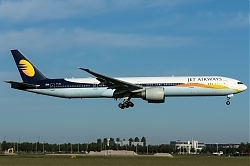 VT-JEU_JetAirways_B773_MG_7232.jpg
