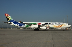 ZS-SXD_SouthAfrican_A340-300_Olympic-2012_MG_0660.jpg