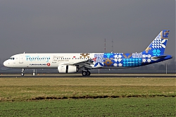 TurkishAirlinesA321TC-JRGdiscoverthepotentialf.jpg