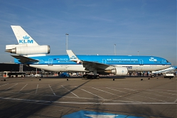 2968_MD11_PH-KCB_KLM_Farewell.jpg
