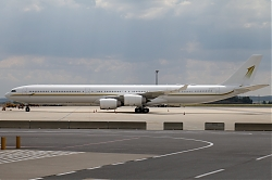 674_A340_HZ-SKY_Sky_Prime_Aviation_1150.jpg