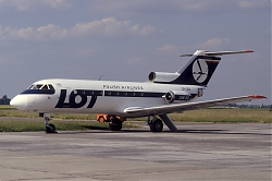 Yak40_SP-LEA_LOT_1200.jpg